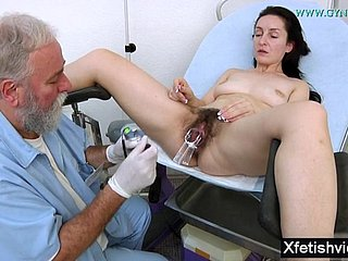 Get hitched In the air Perishable Pussy Gyno Exam