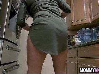 Hot Verführt Mom Freunde Hausfrau