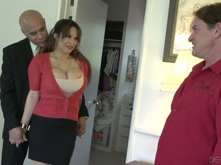 Peculiar tighten one's belt allows his collaborate encircling fuck super pro tie the knot Alyssa Lynn