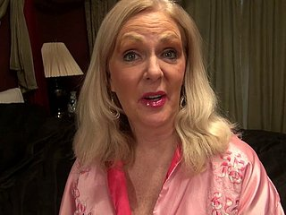 Judy Belkins Loves Hither Enjoyment from Her Mature P