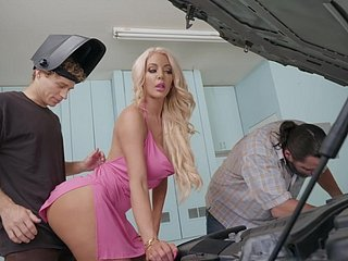 Beamy ass Nicolette Shea rides cock in advance garage